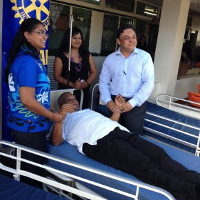 Fiji Rotarians support the Ministry of Health